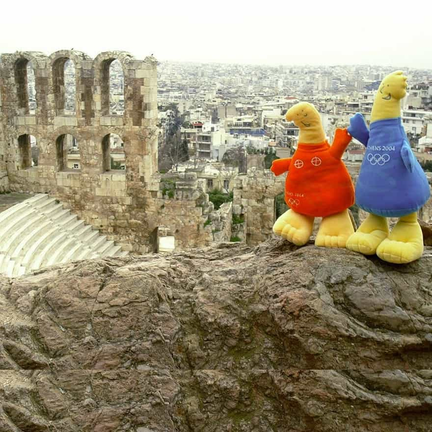 Mascot in Greek Monuments